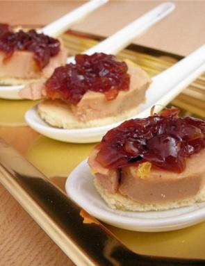 recette confit d 39 oignons ros s de roscoff et foie gras. Black Bedroom Furniture Sets. Home Design Ideas