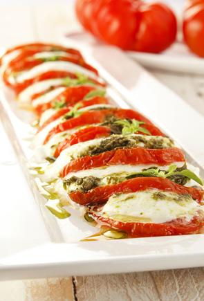 recette tomates confites mozzarella di bufala au pesto pour 4 personnes grand frais. Black Bedroom Furniture Sets. Home Design Ideas