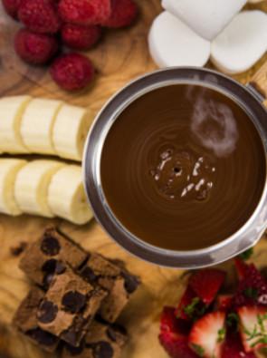 recette la fondue au chocolat pour 6 personnes grand frais. Black Bedroom Furniture Sets. Home Design Ideas