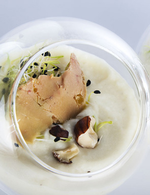 recette velout de topinambour au foie gras pour 6 personnes grand frais. Black Bedroom Furniture Sets. Home Design Ideas